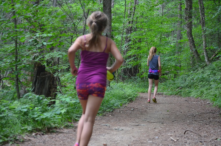 Kids Trail Running Review FuelBelt Sprint Palm Holder 3