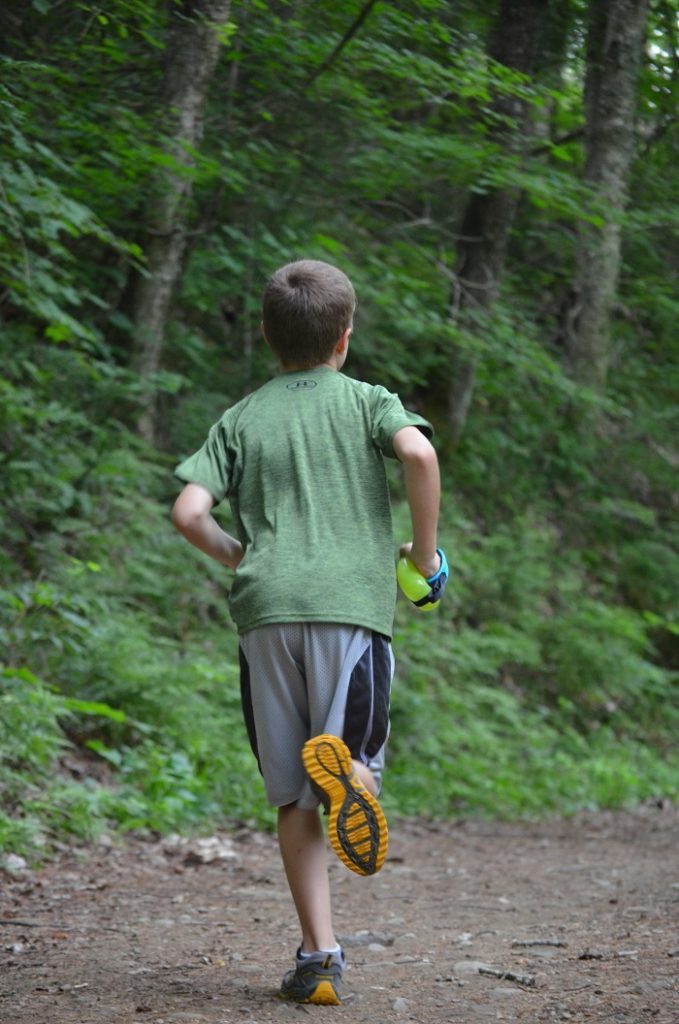 Kids Trail Running Review Sprint Palm Holder (2)