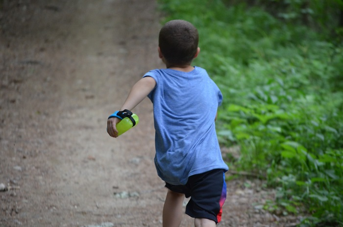 Kids Trail Running Review Sprint Palm Holder 4
