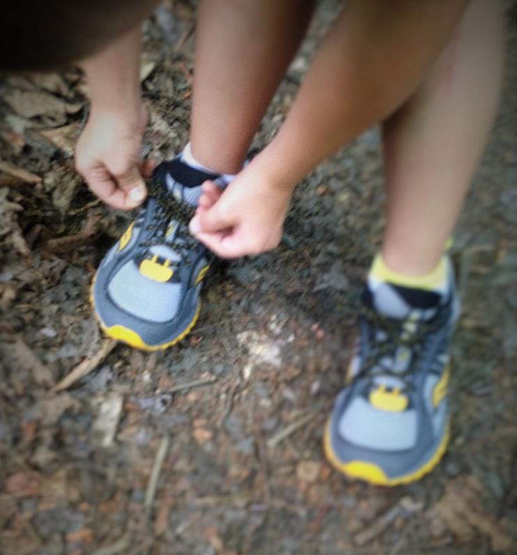 saucony kids running shoe